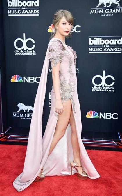 Taylor Swift faz aparição surpresa no Billboard Awards 2018