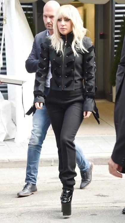 Lady Gaga pospone su gira europea debido a su batalla contra el dolor crónico
