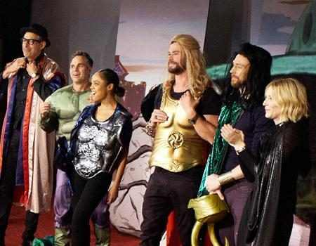 Thor: Ragnarok Cast Performs a Live Version of the Movie for James Corden