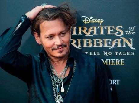 http://images.eonline.com/resize/460/341/images.eonline.com/eol_images/Entire_Site/2017411//rs_1024x759-170511065559-1024-PiratesOfTheCarribean--3-MK051117.jpg