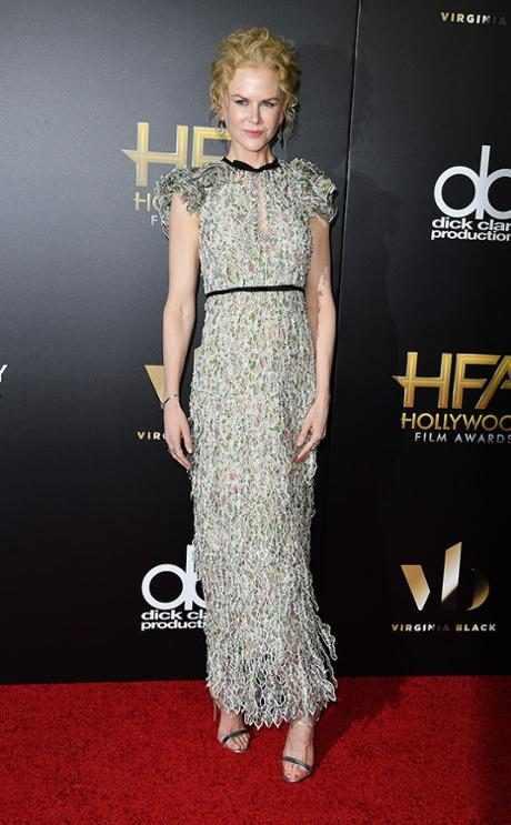 http://images.eonline.com/resize/460/743/images.eonline.com/eol_images/Entire_Site/2016106//rs_634x1024-161106183111-634.Nicole-Kidman-Hollywood-Film-Awards.kg.110616.jpg