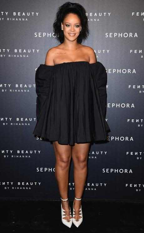 http://images.eonline.com/resize/460/743/images.eonline.com/eol_images/Entire_Site/2017822//rs_634x1024-170922101645-634-rihanna-sephora-fashion-police.jpg