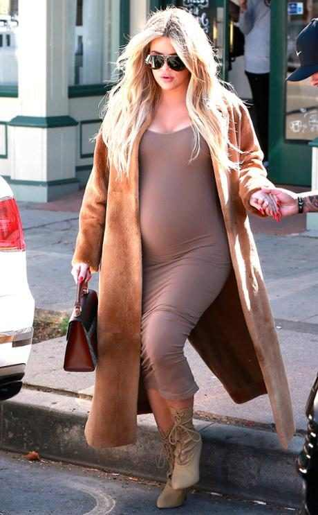 http://images.eonline.com/resize/460/743/images.eonline.com/eol_images/Entire_Site/2018121//rs_634x1024-180221140345-634.3.Khloe-Kardashian-Pregnany-LA.ms.022118.jpg