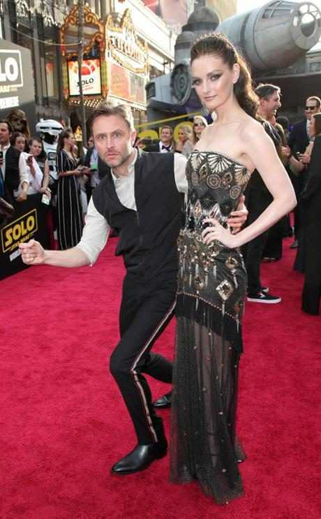http://images.eonline.com/resize/460/743/images.eonline.com/eol_images/Entire_Site/2018410//rs_634x1024-180510195423-634.chris-hardwick-lydia-hearst-solo-star-wars-premiere.ct.051018.jpg